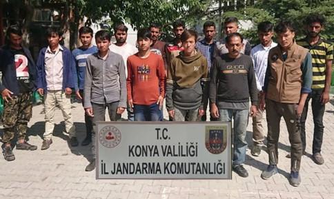 Konya'da yakalanan 15 kaçak göçmene 53 bin lira ceza !