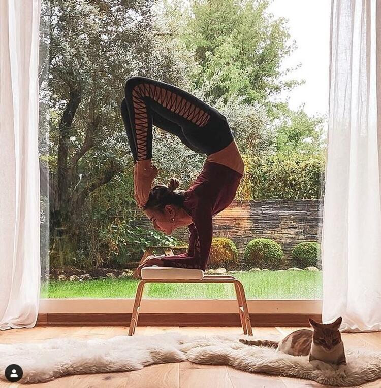Zeynep Tokuş'un yoga gurularına taş çıkardı