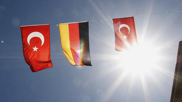 Türklerin en çok vatandaşlık aldığı ülkeler belli oldu