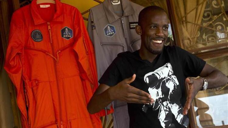 Uzay'a çıkacaktı, trafik kazasında öldü