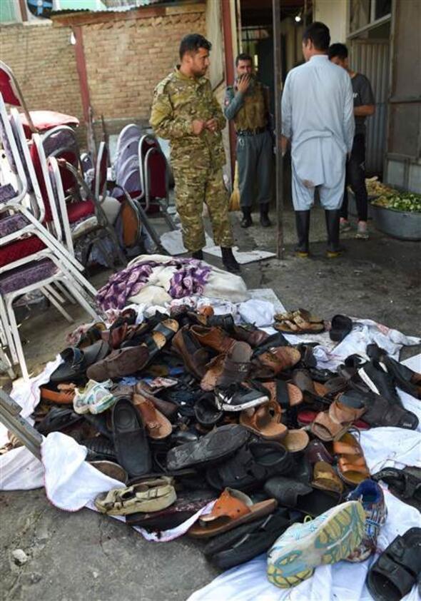 Afganistan'da düğün salonunda patlama !