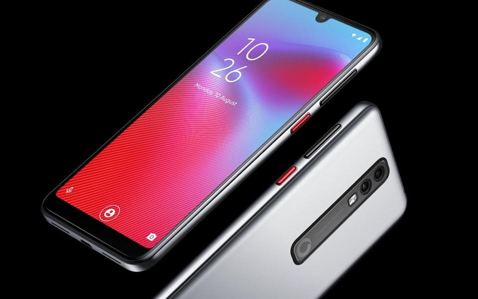 Ne Apple ne Samsung ! İşte şarjı en uzun giden telefonlar