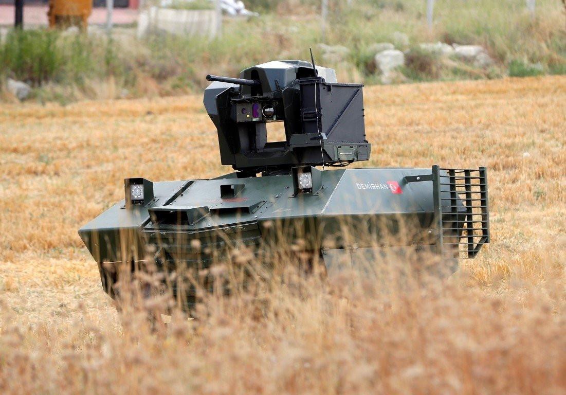 Yerli insansız kara aracı Demirhan tatbikatta gücünü gösterecek