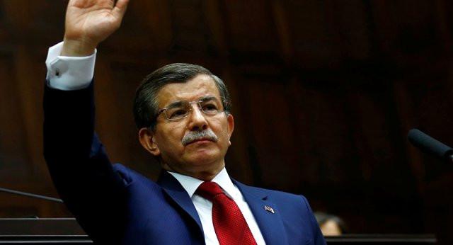 Bomba iddia! Davutoğlu yeni partiden vaz mı geçti ?