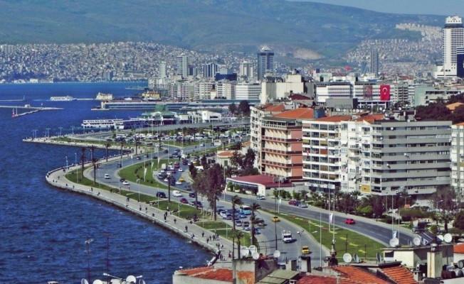 İzmir'de ''kayyum'' korkusu: Tüm etkinlikler yasaklandı
