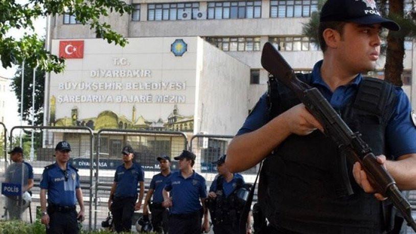 Adana Valiliğinden 'kayyum' yasağı