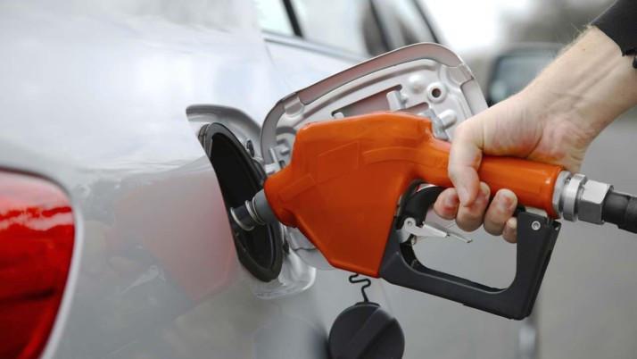 Benzin ve motorine yine yeniden bir daha zam geliyor