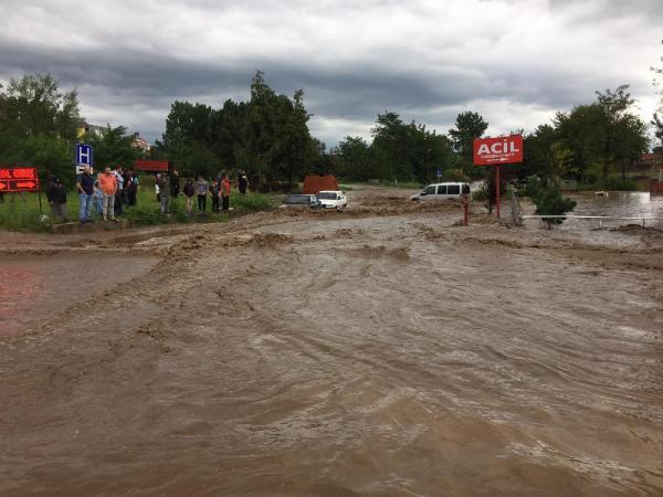 Samsun'da sel felaketi ! Ölü sayısı 2'ye yükseldi