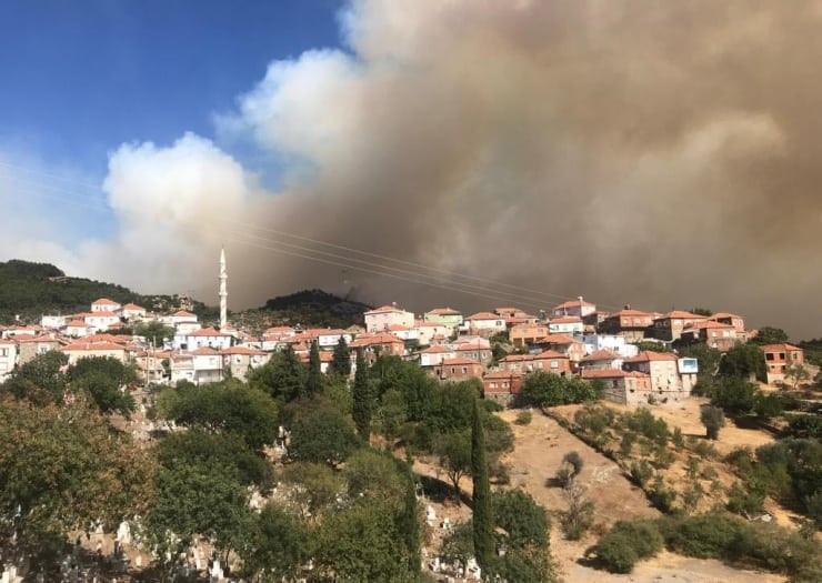 Şok iddia: Kanadalı şirket İzmir'de yanan alanda maden için başvurdu !