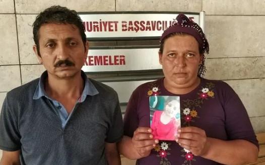 Şehir magandaları 16 yaşındaki kızı annesinin yanında kaçırdı