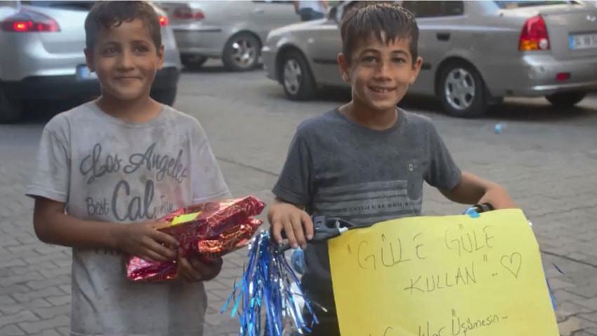 Kağıt toplayıcısı iki çocuğun hayali gerçek oldu