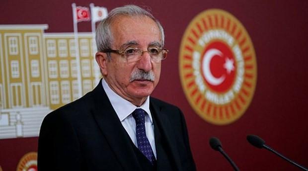 AK Parti'den Rasim Ozan Kütahyalı'ya açık destek