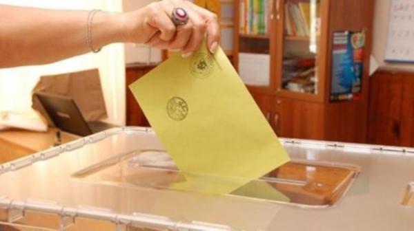 O ilçede AK Parti ile Vatan Partisi yarışıyor