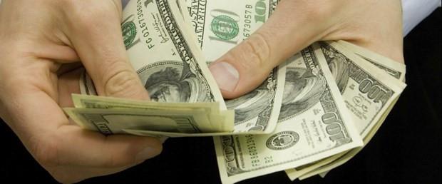 Dolar neden düşüyor ? İşte uzmanların yorumu...