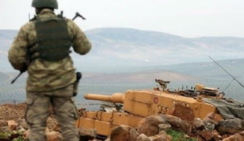 Afrin'de üs bölgesine tanksavar saldırısı: 2 asker yaralı