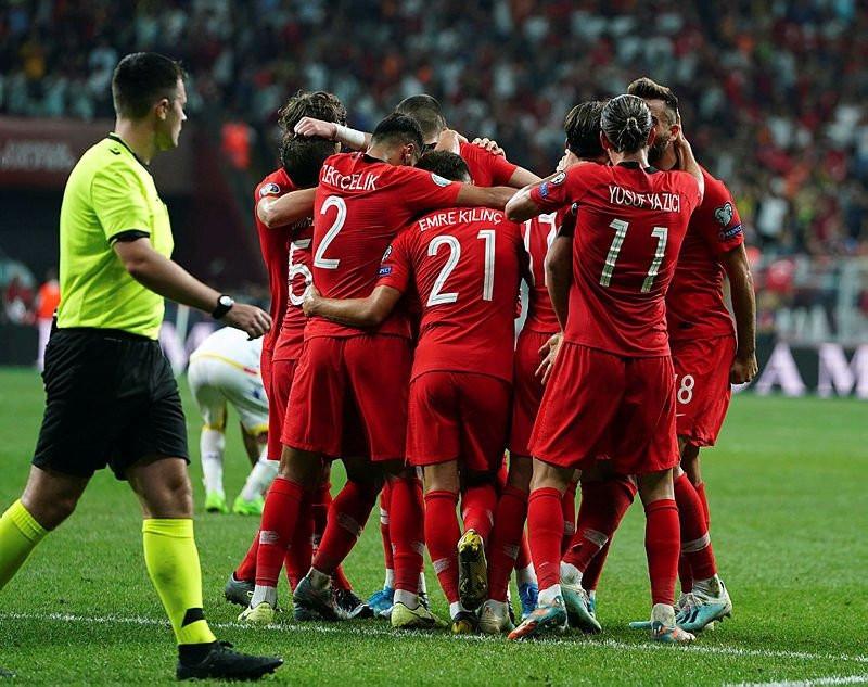 Moldova-Türkiye maçında Şenol Güneş'ten sürpriz ilk 11