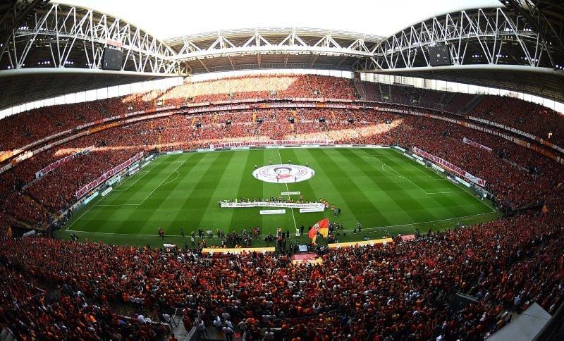 Galatasaray'da Muslera krizi