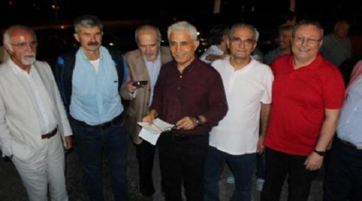Cumhuriyet gazetesi yazarları tahliye oldu