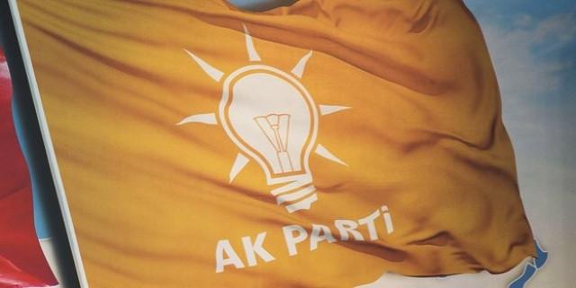 AK Parti'de istifalar devam ediyor... Bir istifa daha !