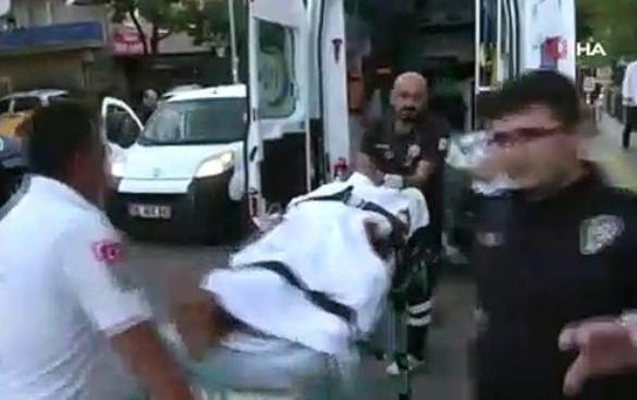 Çocuk parkında dehşet! Eski eşini çocuğunun önünde bıçakladı