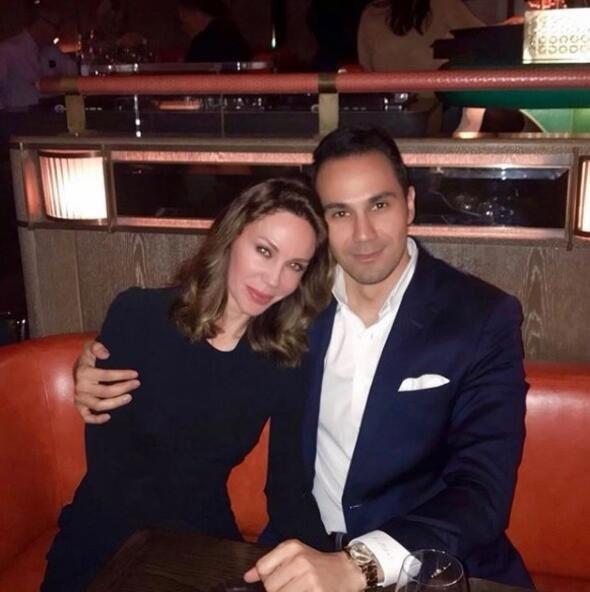 Cenk Küpeli ile jet hızıyla evlenen Demet Şener hamile mi?