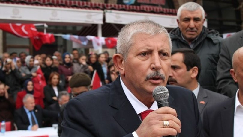 MHP'li belediye başkanından 'Türkçe tabela' kararı