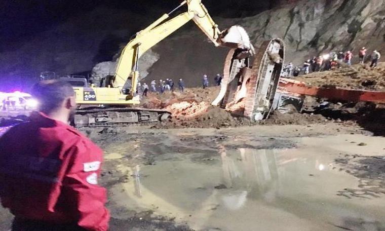 Havalimanı inşaatında heyelan! Bir işçi öldü