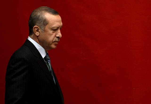 Erdoğan'dan eski bakana imalı sözler