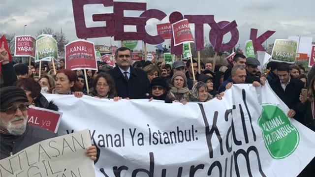 Kanal İstanbul'a ''hayır'' diyen yüzlerce vatandaş eylem yaptı