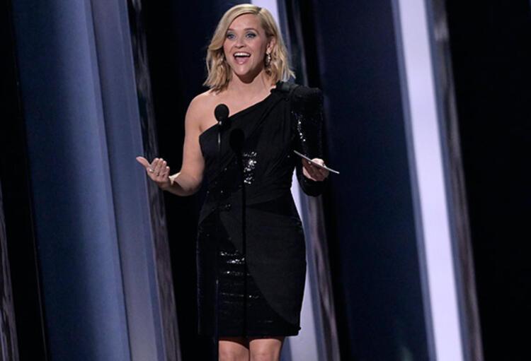 ABD'li oyuncudan itiraf: Seksi giyin dedi