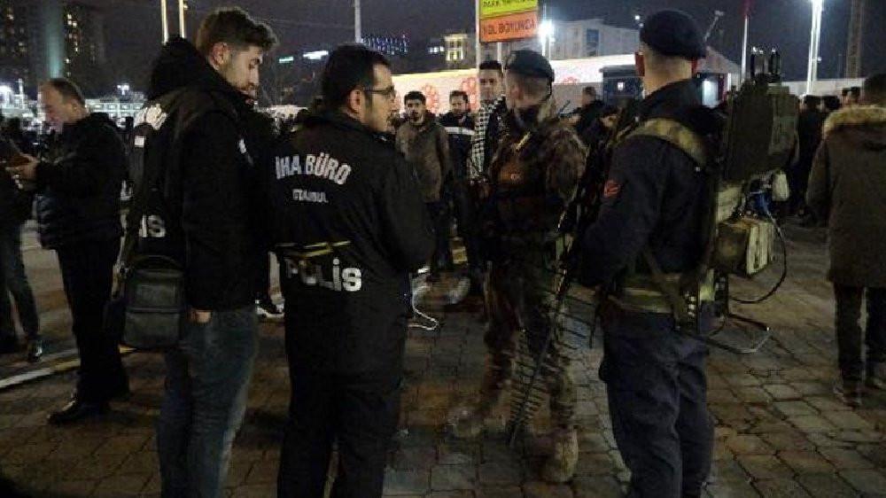 İstanbul'da yılbaşı gecesi garip olay: Jandarma polis drone'u düşürdü!