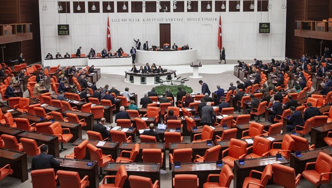 Meclis'te tezkere oturumu başladı