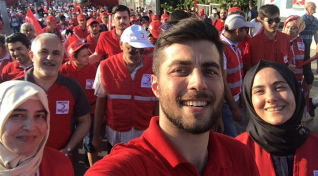 Kızılay Başkanı'nın oğlu bakın kim çıktı!