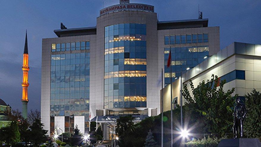 AK Partili belediye salonlarını siyasi partilere ücretsiz kullandırdı