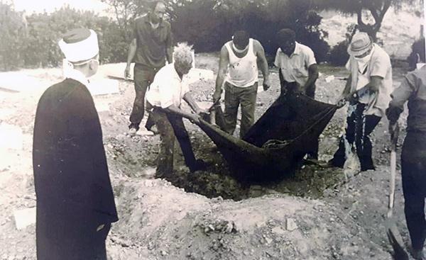 KKTC'de şehit mezarlarının karıştığı ortaya çıktı