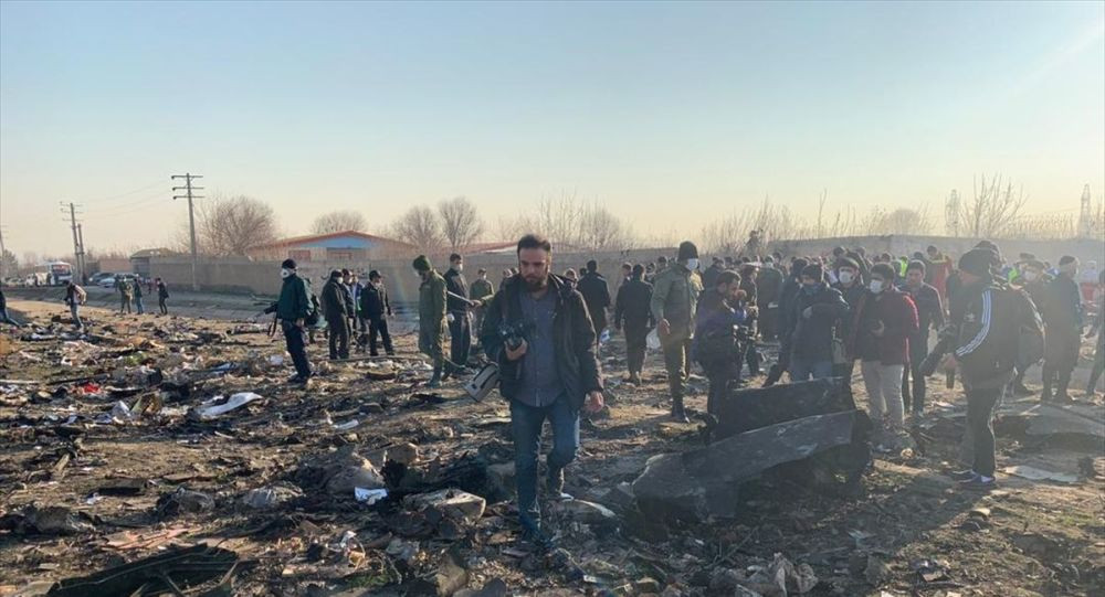 İran'da 176 kişinin bulunduğu yolcu uçağı düştü: Kurtulan yok