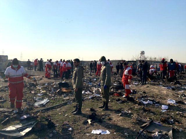Korkunç iddia: İran'da düşen uçak füzeyle mi vuruldu ?