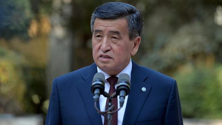 Kırgızistan Cumhurbaşkanı istifa etti