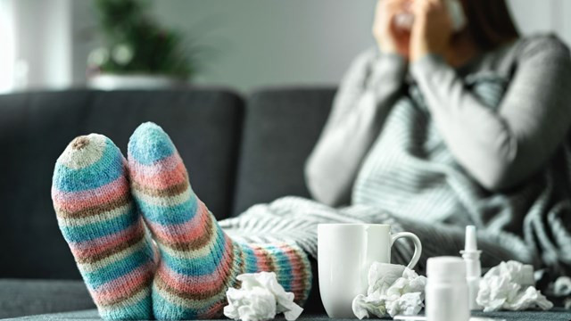 Bilim Kurulu üyesi anlattı! Grip, koronavirüsten nasıl ayırt edilir?