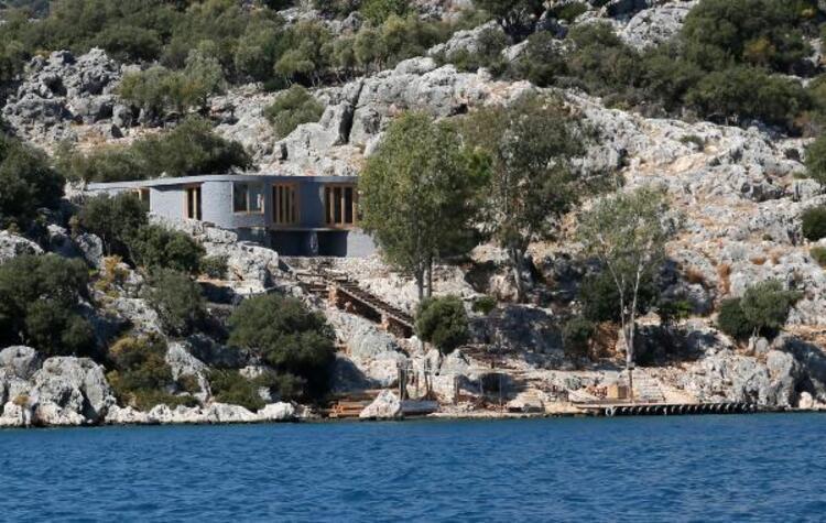 Cennet koyda İngiliz şirketin yaptırdığı villa için şikayet yağdı!