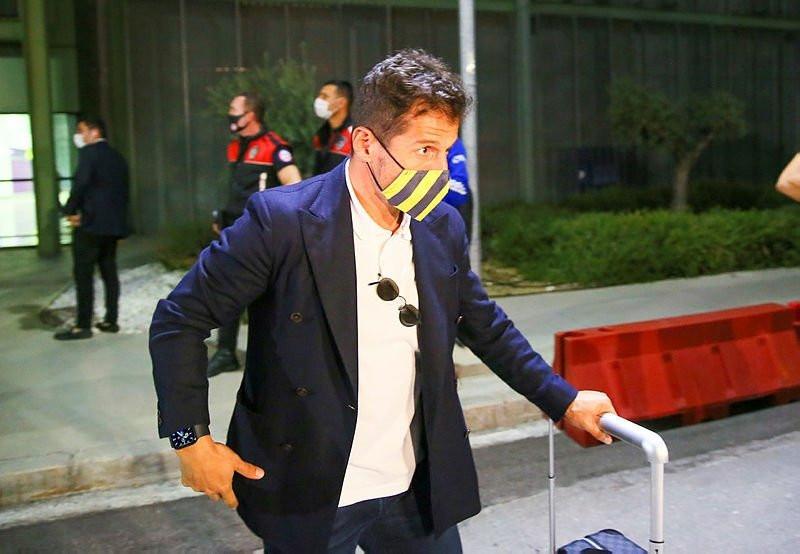 Fenerbahçe'den ayrılan yıldıza Galatasaray kanca attı!