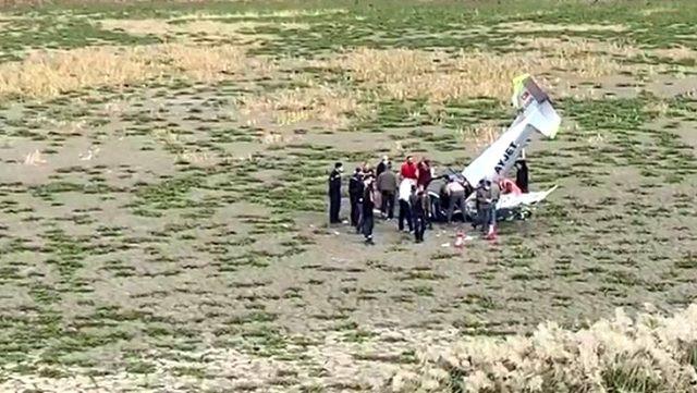 İstanbul'da eğitim uçağı düştü! İşte ilk görüntüler...