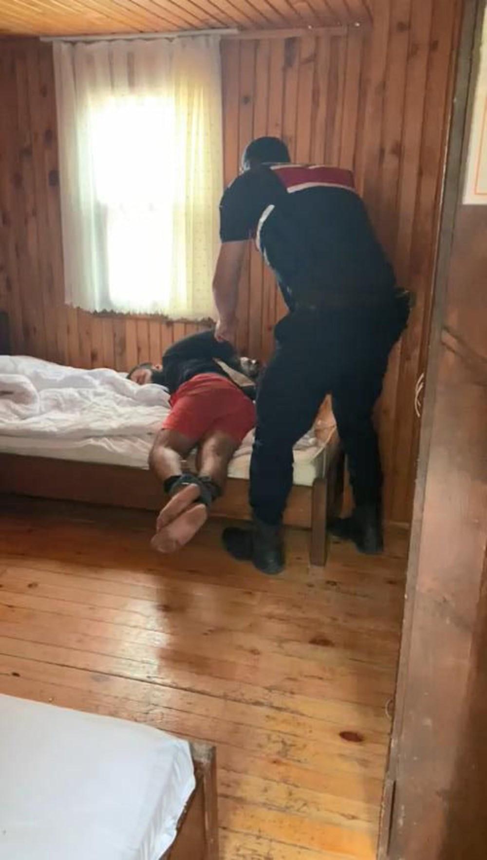 15 kişilik Rus grubu otel basıp, işkence yaptı!
