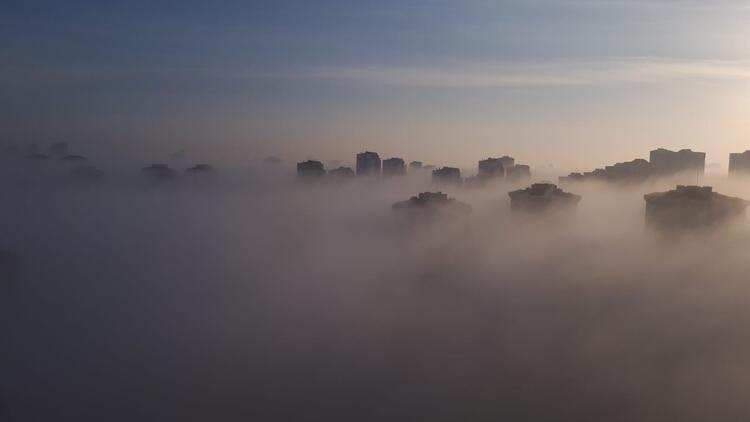 İstanbul yeni güne sisle uyandı