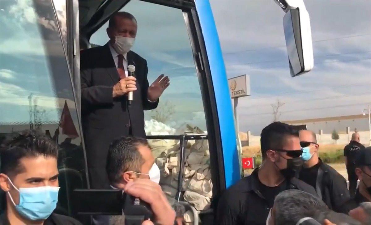 Vatandaş: ''İşsiziz ekmek götüremiyoruz'', Erdoğan: ''Bana abartılı geldi''