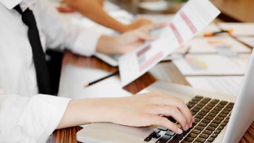 Kısa çalışma ödeneği ile işten çıkarma yasağı uzatıldı