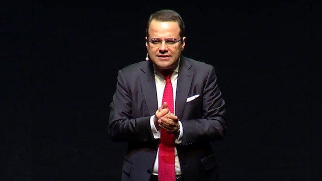 Ekonomist Özgür Demirtaş ''Allah aşkına lütfen'' diyerek isyan etti
