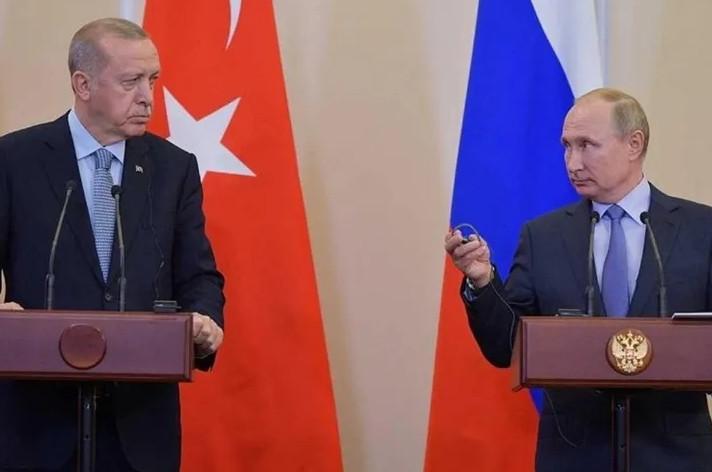 ''Putin, Erdoğan'ı test ediyor''