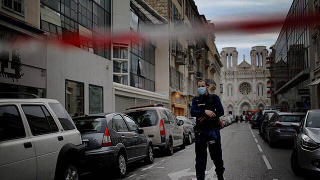 Fransa Nice'deki saldırı sonrası önlemleri arttırdı