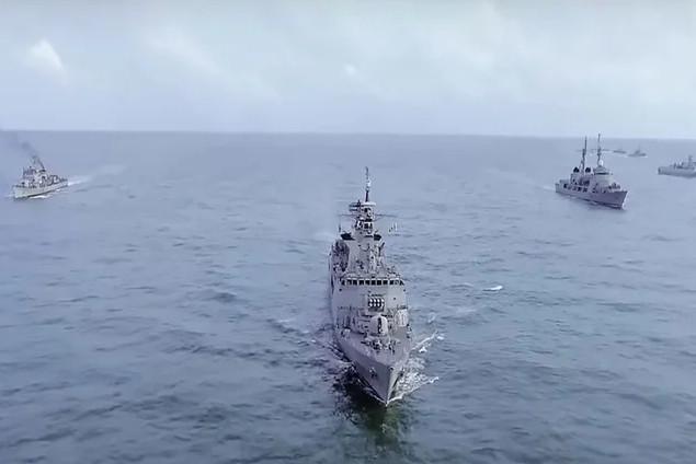 Bangladeş'ten Türkiye'ye 'helikopter gemisi' daveti